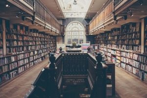 Photo of University library, Image by Foundry Co from Pixabay