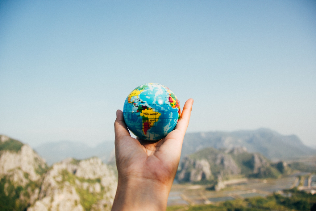 Fulbright Opportunities for Educator and Teacher Travel Grants image: someone holding a globe
