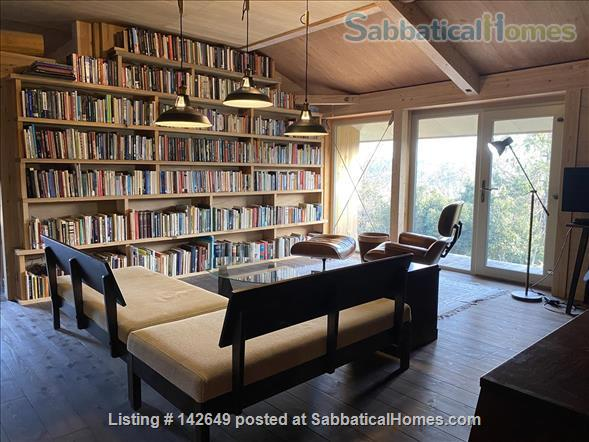 SabbaticalHomes.com Listing #142649. The loft library at the Rossory House in Kyoto, Japan.
